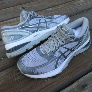 Women's ASICS GEL NIMBUS 21 Running Shoes
